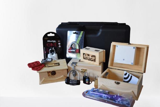 edukativni escape room set za škole ClueBox